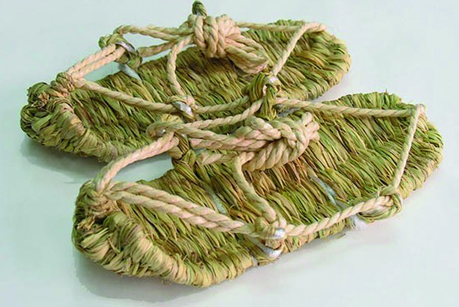japanische Waraji Sandale (c) Mizuno