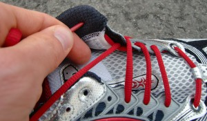 Laufschuhschnürtechniken / Laufschuhe richtig schnüren (c) Laufschuhkauf.de