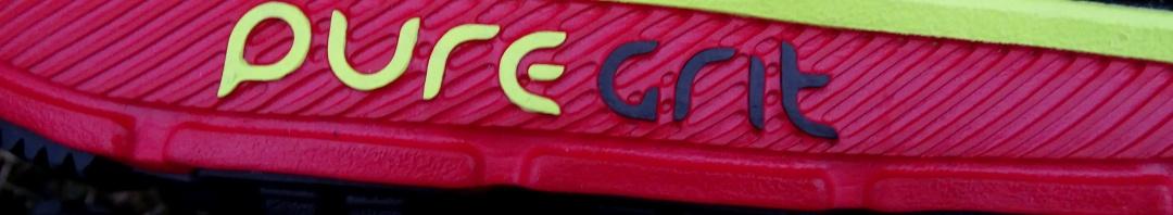 Brooks Pure Grit 5 schwarz rot gelb (c) Laufschuhkauf.de