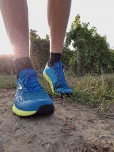 Laufschuhtest Brooks Pure Grit 7 Men blau/gelb (c) Laufschuhkauf.de